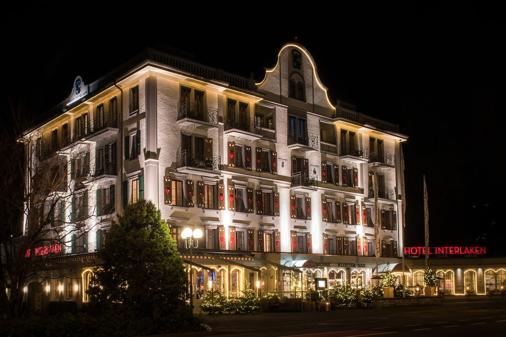 Front of Property - Evening/Night, Hotel Interlaken