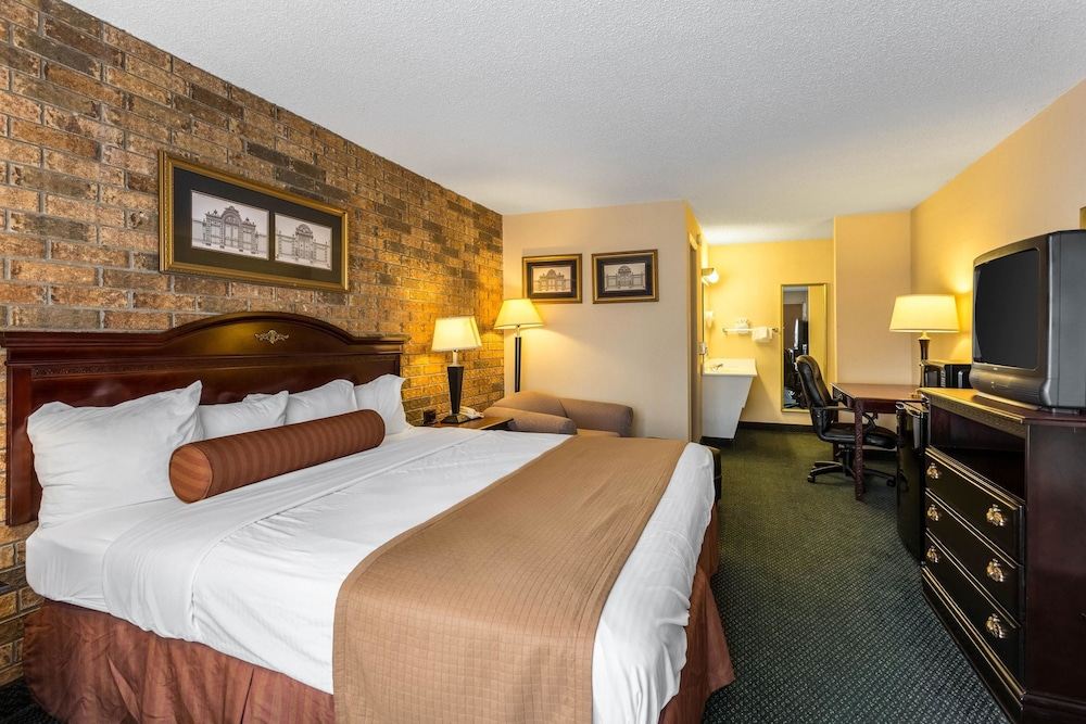 Room, Econo Lodge Batesville