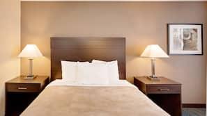 Free WiFi, linens, alarm clocks