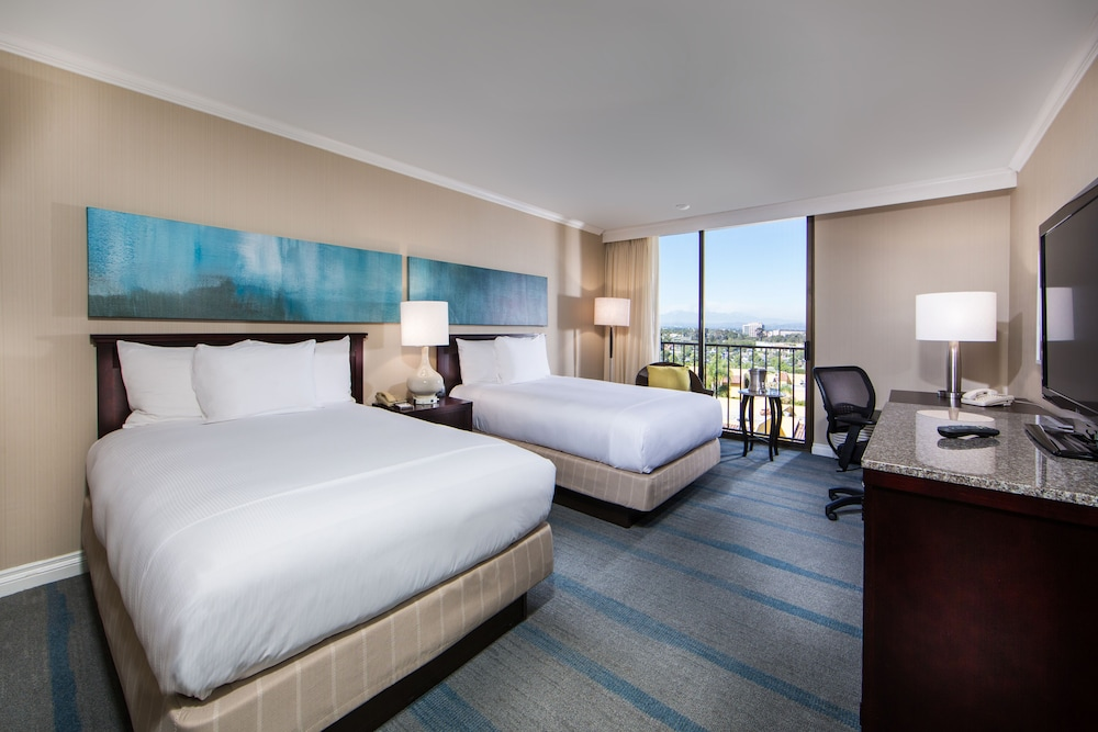 Room, Hilton Irvine Orange County Airport