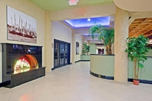 Lobby, Holiday Home