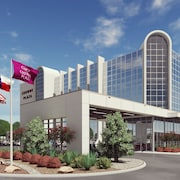 Crowne Plaza Suites Arlington - Ballpark - Stadium, an IHG Hotel