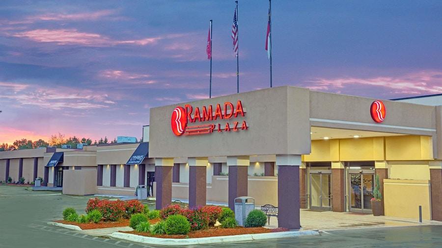 Ramada Plaza & Conf Center by Wyndham Charlotte Airport
