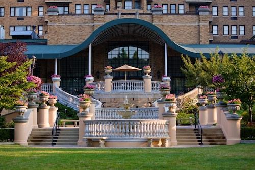 Great Place to stay Omni Shoreham Hotel near Washington