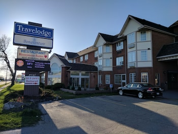 Travelodge by Wyndham Niagara Falls Bonaventure