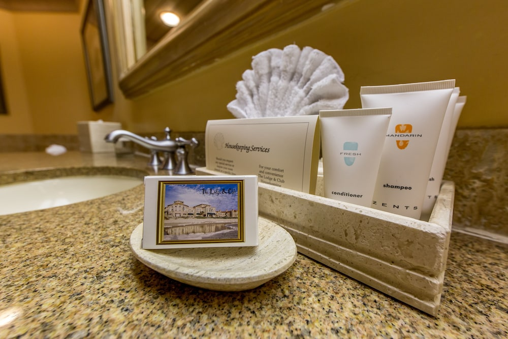 Bathroom, The Lodge and Club at Ponte Vedra Beach