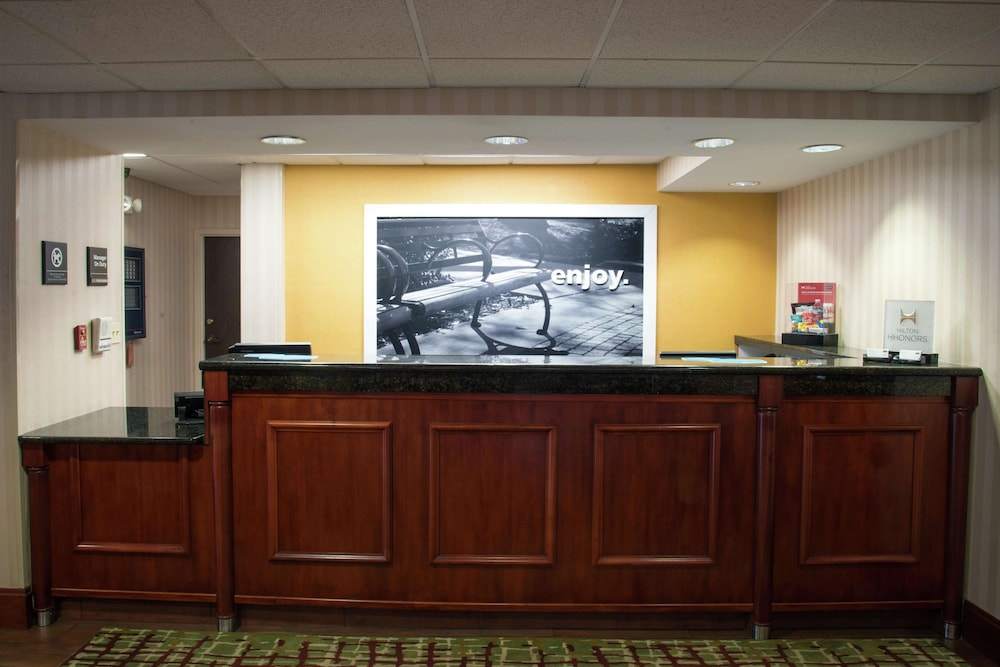 Reception, Hampton Inn Charleston-Downtown