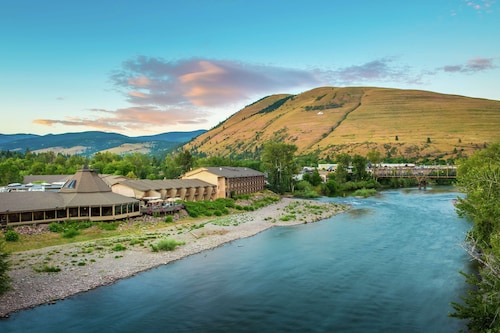 DoubleTree by Hilton Hotel Missoula - Edgewater