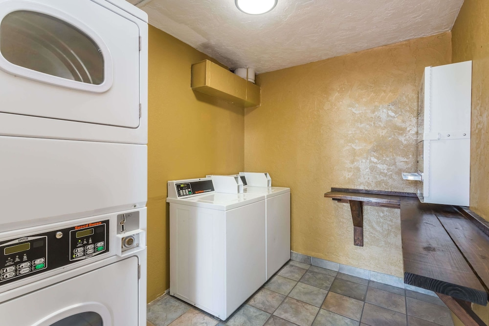 Laundry Room, Baymont by Wyndham Sarasota