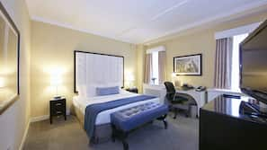 Premium bedding, in-room safe, desk, laptop workspace