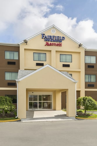 Check Expedia for Availability of Fairfield Inn & Suites by Marriott Springfield