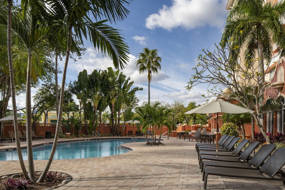 Featured Image, Sheraton Suites Fort Lauderdale at Cypress Creek