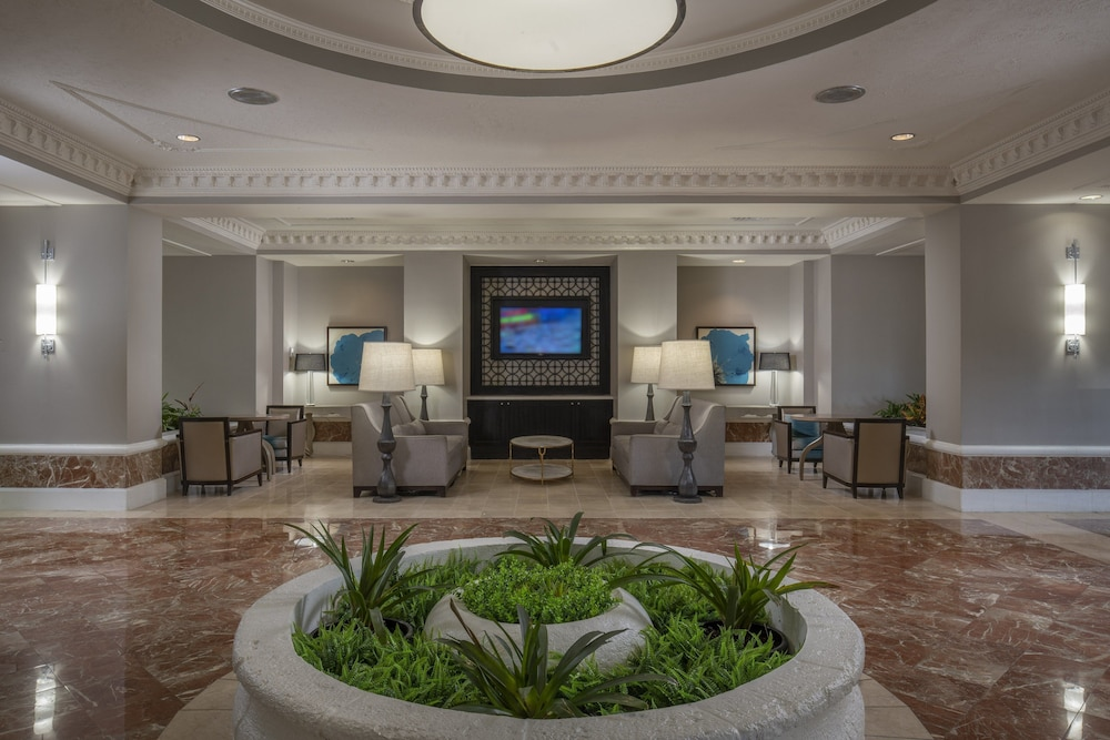 Lobby, Sheraton Suites Fort Lauderdale at Cypress Creek