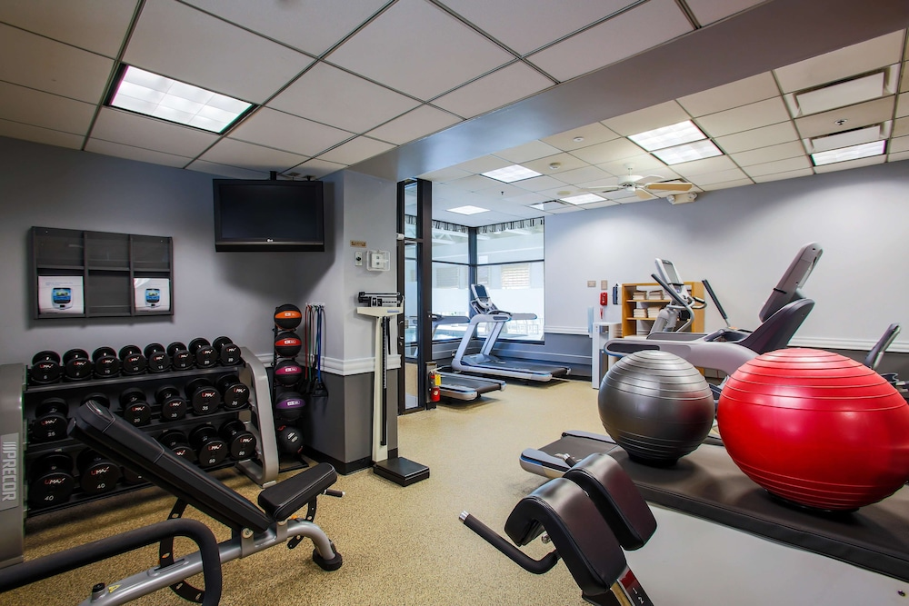 Fitness Facility, DoubleTree by Hilton Chicago - Alsip