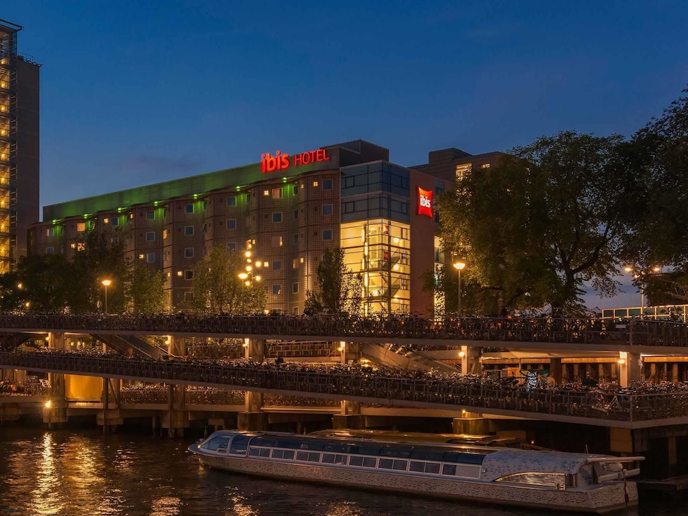 Ibis amsterdam centre deals reviews amsterdam Amsterdam hotels deals