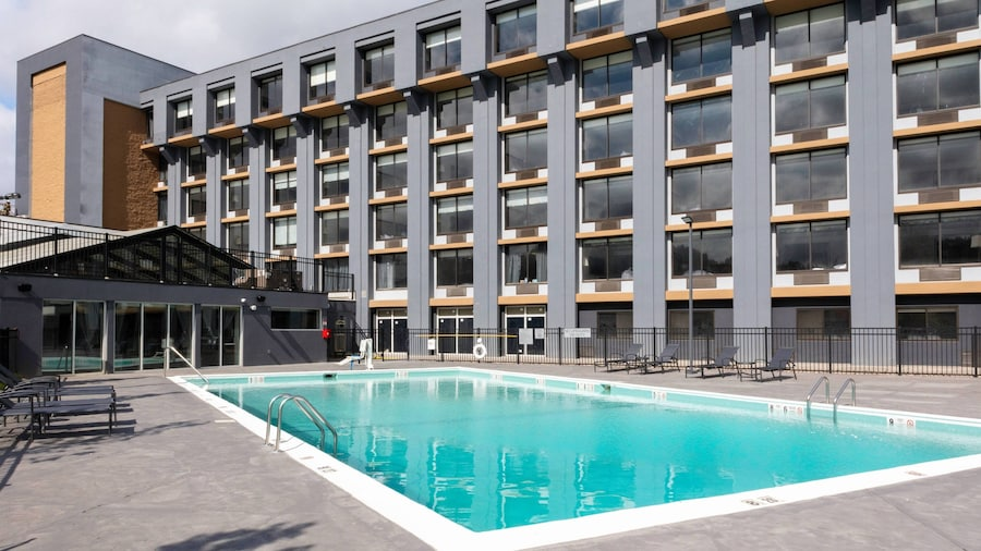 Fairfield Inn & Suites by Marriott Springfield Enfield