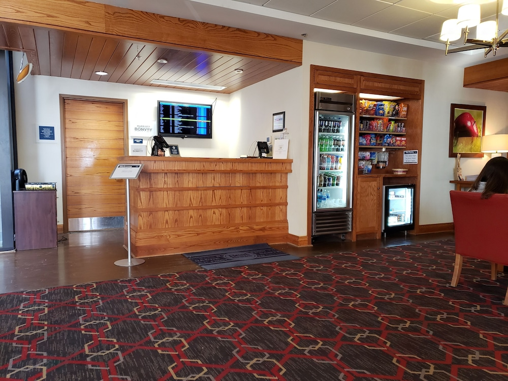 Reception, Four Points by Sheraton Bangor Airport