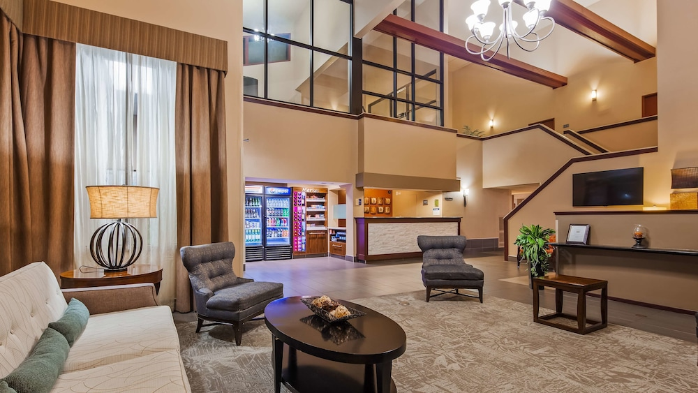 Lobby Sitting Area, Best Western West Towne Suites
