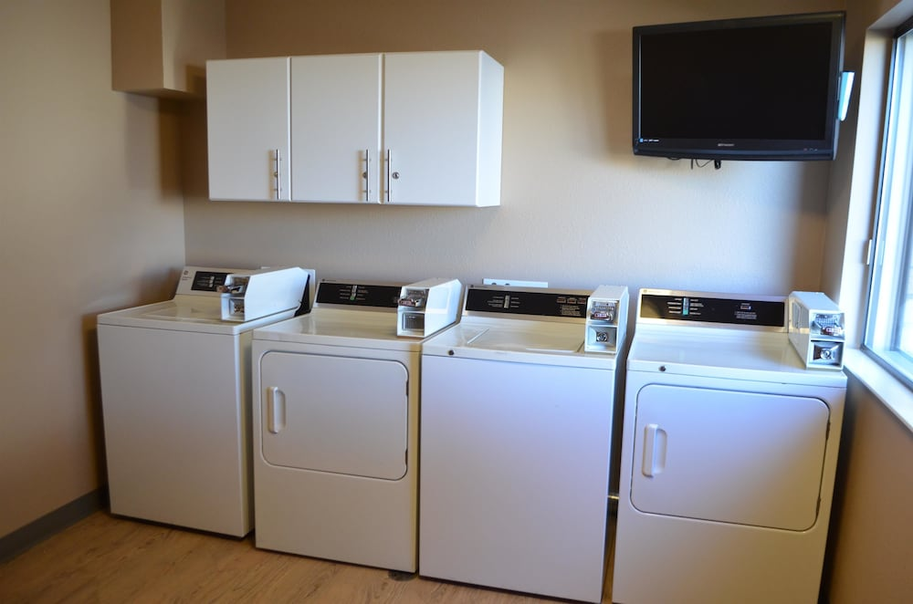 Laundry Room, Best Western West Towne Suites