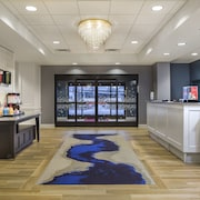 Hampton Inn & Suites Newport/Cincinnati
