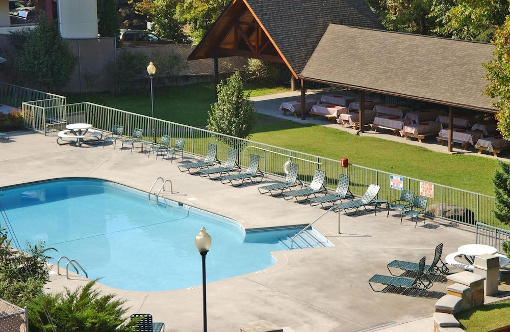 Glenstone Lodge 2017 Room Prices Deals Reviews Expedia