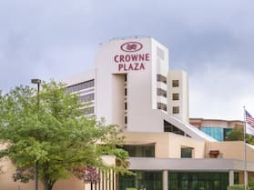 Crowne Plaza Virginia Beach Town Center, an IHG Hotel