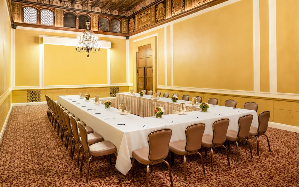 Meeting Facility, Millennium Biltmore Los Angeles