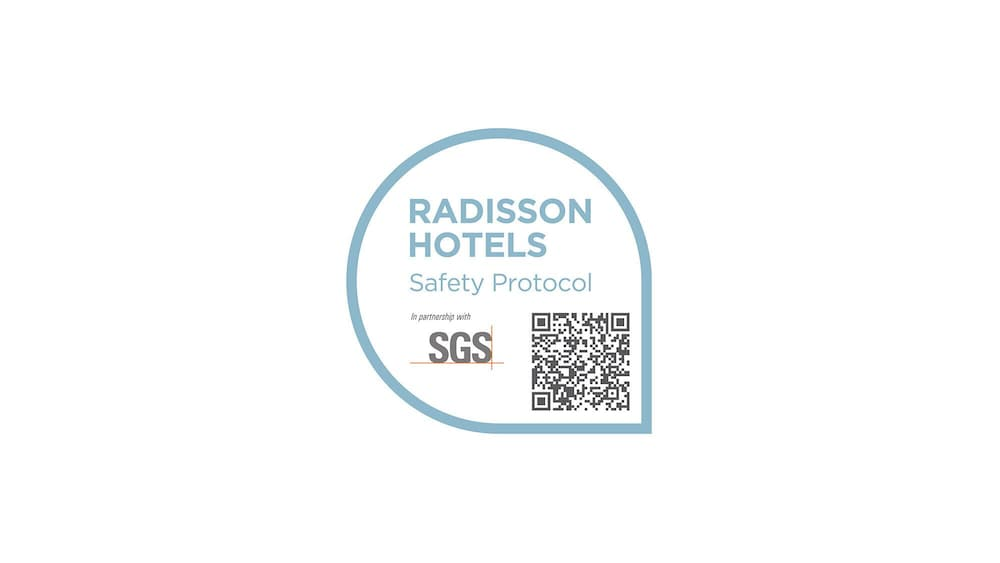 Cleanliness badge, Radisson Hotel La Crosse