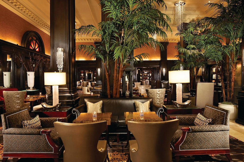Lobby, The Algonquin Hotel Times Square, Autograph Collection