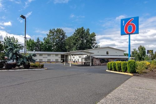 Motel 6 Gresham, OR - Portland