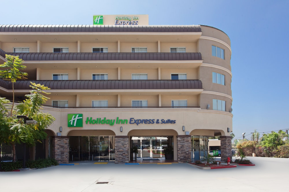 Exterior, Holiday Inn Express Hotel and Suites Pasadena-Colorado Blvd, an IHG Hotel
