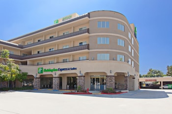 Holiday Inn Express Hotel and Suites Pasadena-Colorado Blvd