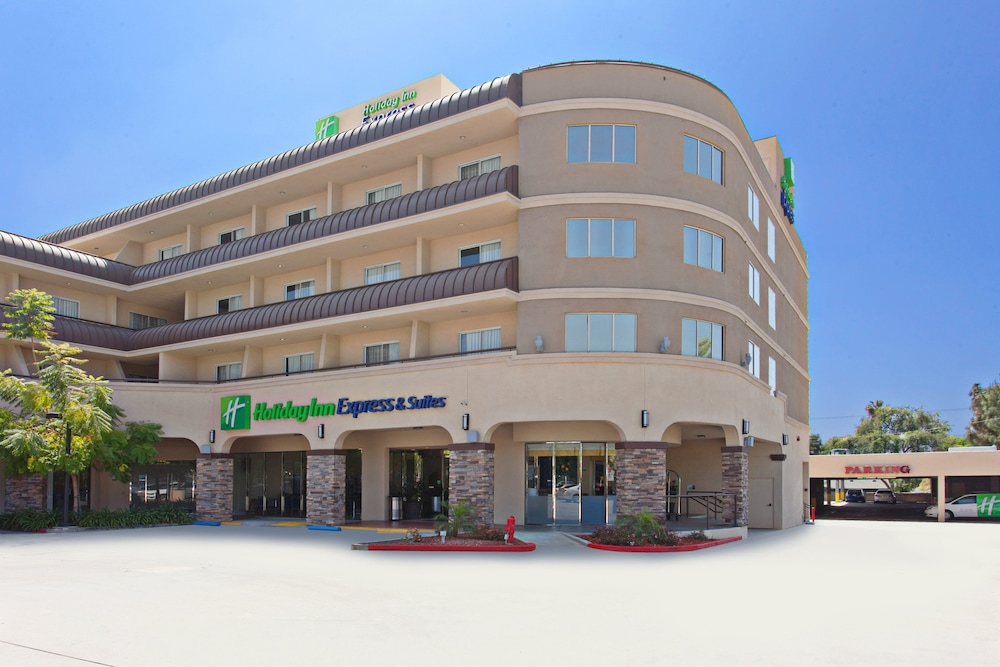 Featured Image, Holiday Inn Express Hotel and Suites Pasadena-Colorado Blvd, an IHG Hotel