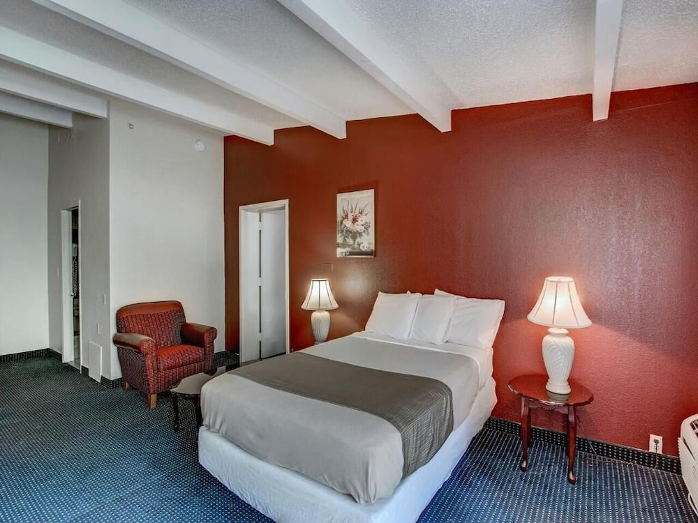 Room, Red Carpet Inn