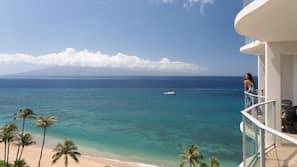 해변에 위치, 비치 카바나, 일광욕 의자, 비치 파라솔