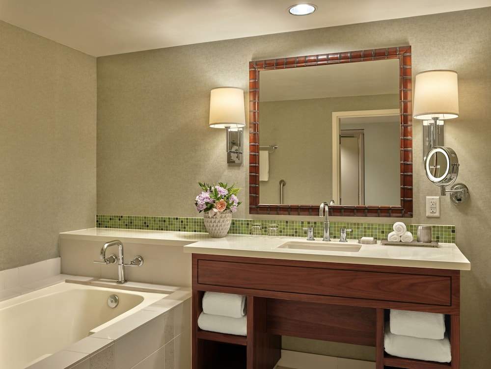 Bathroom, Loews Coronado Bay Resort