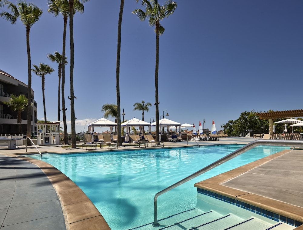 Pool, Loews Coronado Bay Resort
