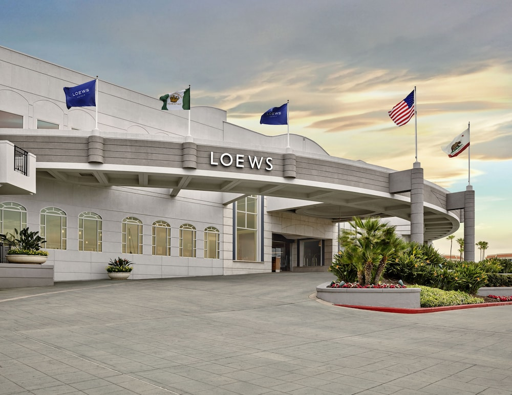 Front of Property, Loews Coronado Bay Resort