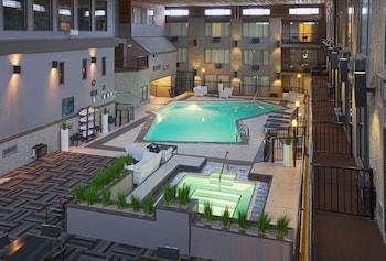 Sandman Hotel & Suites Kelowna