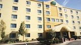 La Quinta Inn & Suites Baltimore BWI Airport - Linthicum Heights Hotels