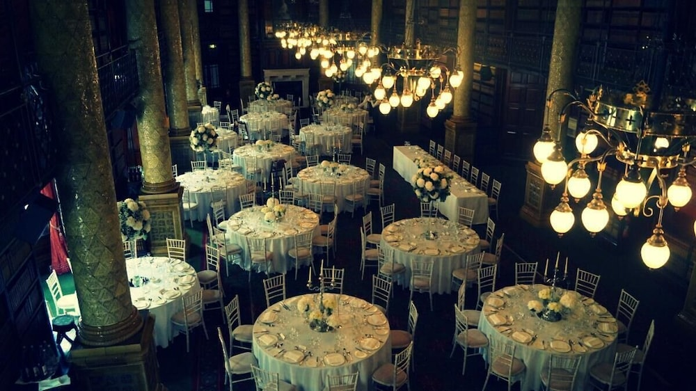 Indoor Wedding, The Royal Horseguards