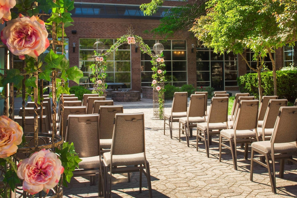 Outdoor Banquet Area, The Westin Princeton at Forrestal Village