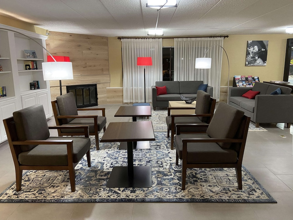 Lobby, Country Inn & Suites by Radisson, Lincoln Airport, NE
