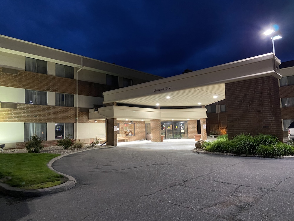 Front of Property, Country Inn & Suites by Radisson, Lincoln Airport, NE