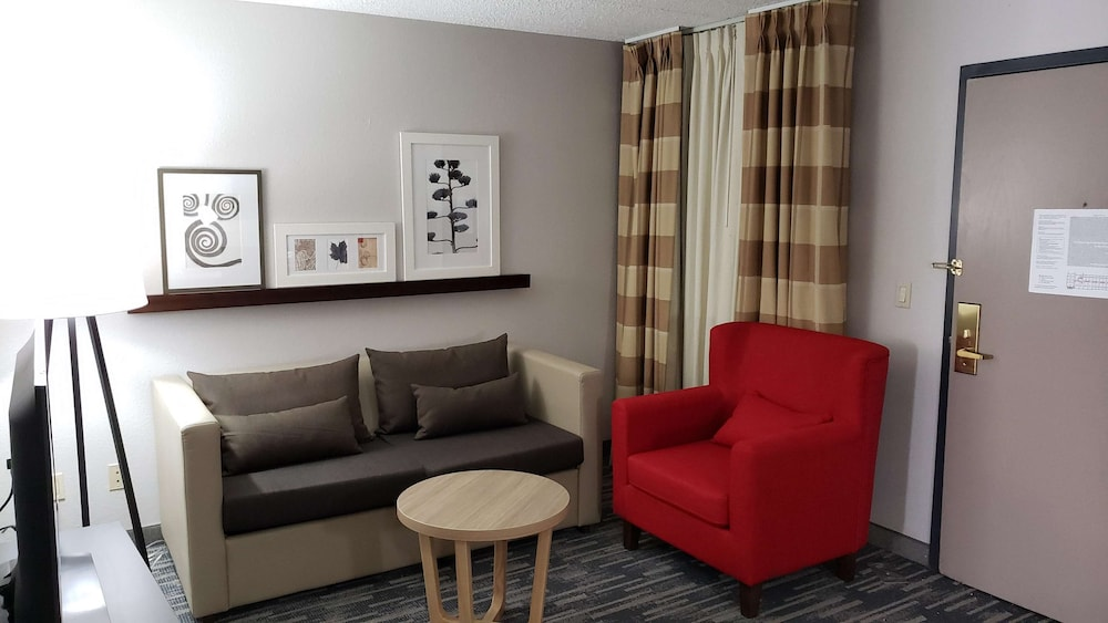 Room, Country Inn & Suites by Radisson, Lincoln Airport, NE