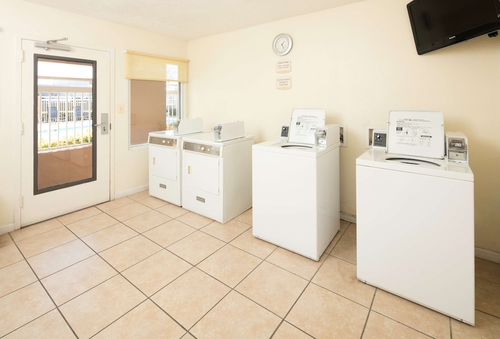 Laundry Room, Red Lion Inn & Suites Fayetteville at Cross Creek Mall