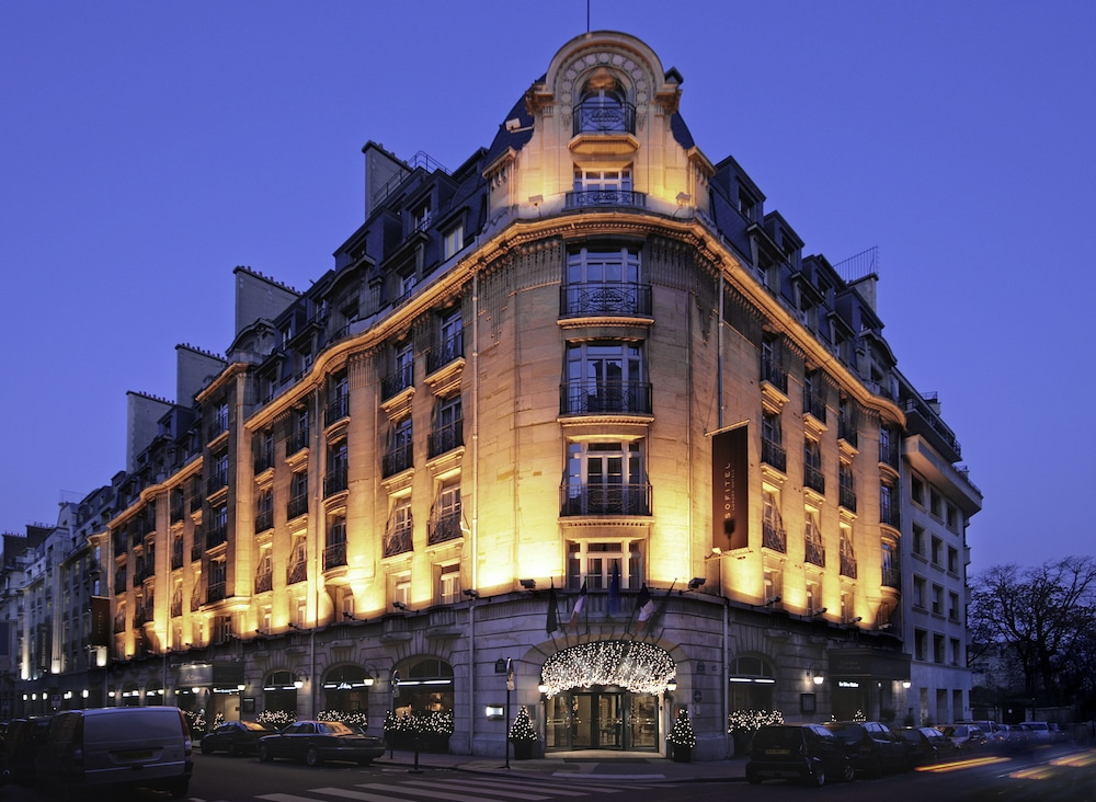 Front of Property - Evening/Night, Sofitel Paris Arc de Triomphe
