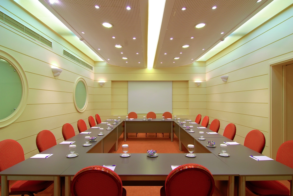Meeting Facility, Philippos Hotel