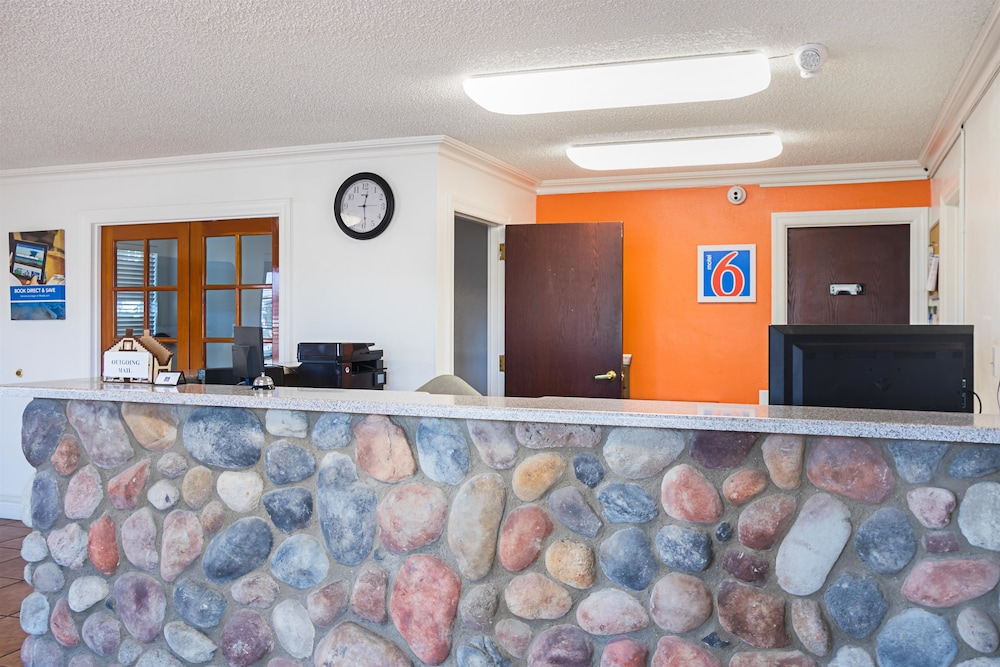 Motel 6 Safford, AZ (Safford, USA) | AARP® Travel Center on map of arizona archaeological site, map of hotels in sedona arizona, map united states map in arizona, map of hotels in tucson arizona,