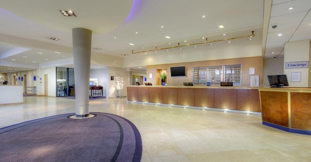 Hilton manchester airport manchester 2018 hotel prices expedia hilton manchester airport m4hsunfo